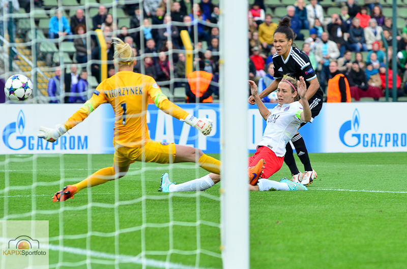 1. FFC Frankfurt - Paris Saint-Germain (14 von 39)_mini.jpg